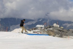 loads of features in the snowpark
